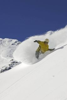 Skiing_lakelouise_lg